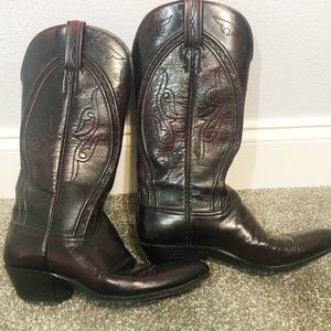Lucchese vintage black cherry goat cowboy boot 8